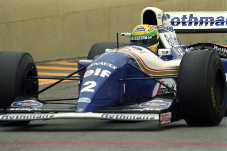 Senna em ação pela Williams no GP do Brasil