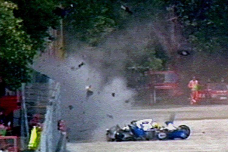 Acidente que causou a morte de Senna no GP de Ímola