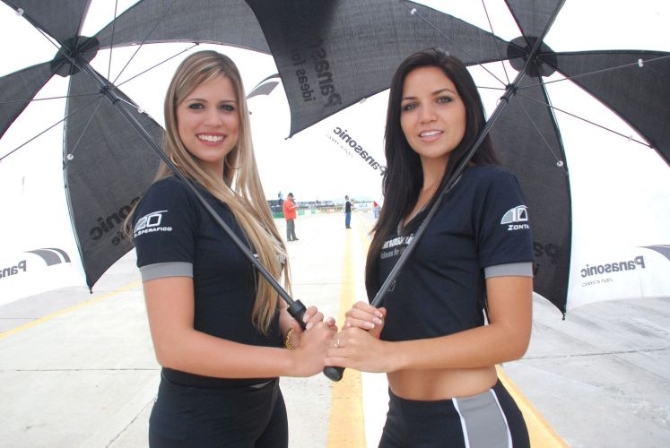Stock Car aposta em celebridades femininas e belas mulheres para promover a categoria e seus patrocinadores. Neste fim de semana, categoria chega ao Rio Grande do Sul, com prova em Tarum. Corrida pode decidir o campeo.