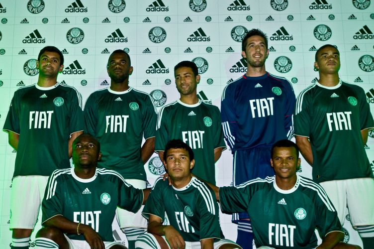c35ee7fba7 Palmeiras lança nova camisa - Fotos - UOL Esporte