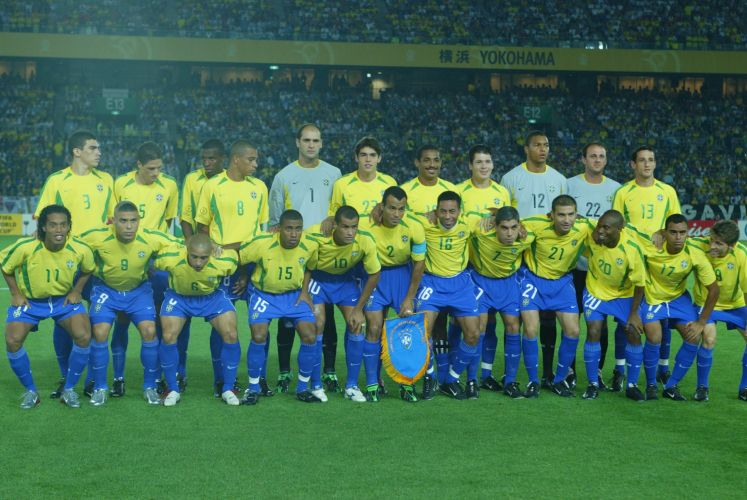Como terceiro goleiro, ele viu o Brasil ser campeão diante da Alemanha, em Yokohama