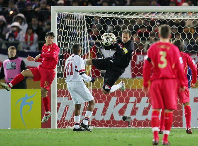 Mas sua estrela brilhou mesmo na final contra o Liverpool, em 18 de dezembro de 2005