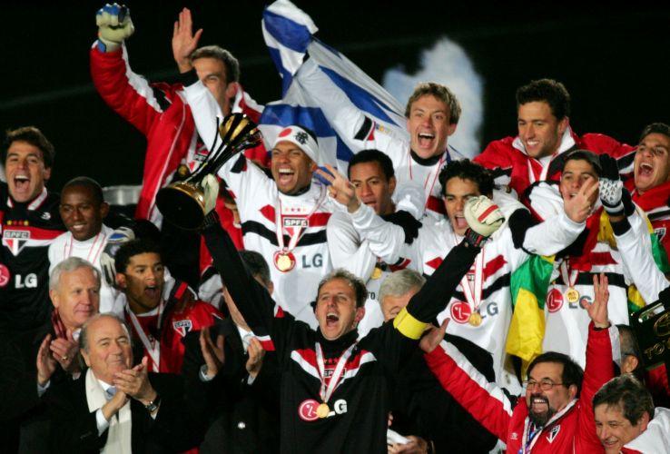 Ele fechou o gol, viu Mineiro marcar e pôde levantar o título de sua maior glória no clube