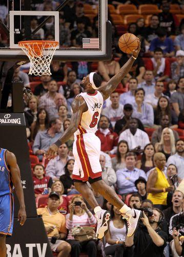 LeBron James enterra para o Miami Heat, que perdeu em casa para o Thunder, em grande dia de Kevin Durant