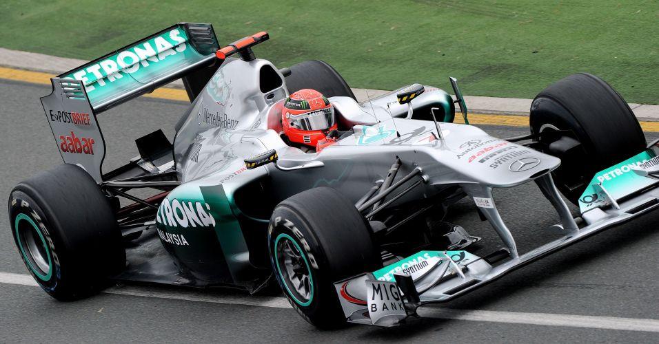 Michael Schumacher falha na tentativa de passar ao Q3 e fica em 11º no grid de largada para o Grande Prêmio da Austrália