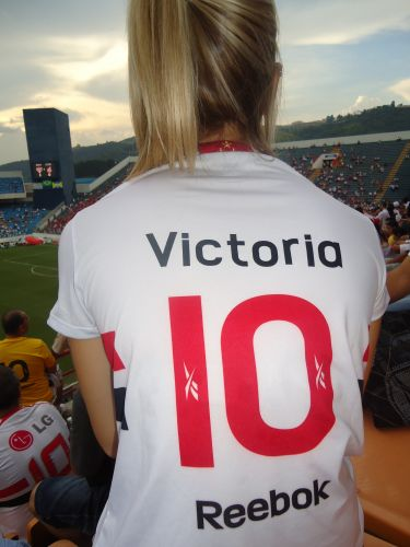 Victoria Centrone Iglesias esteve na Arena Barueri devidamente uniformizada.