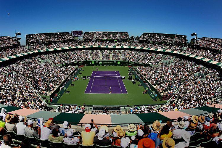 Visão geral da final em que Azarenka venceu Sharapova por 2 a 0 e faturou o título em Miami
