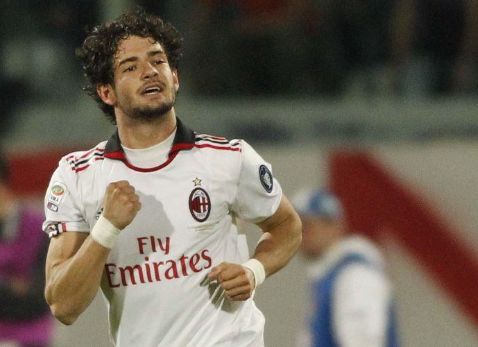 Alexandre Pato celebra o gol que assegurou o triunfo do Milan sobre a Fiorentina