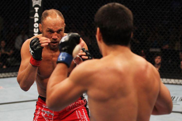 Randy Couture fez sua última luta de MMA contra o brasileiro Lyoto Machida
