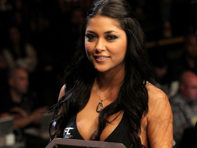 De acordo com Arianny Celeste, ela quer conhecer o lado sexy do Brasil