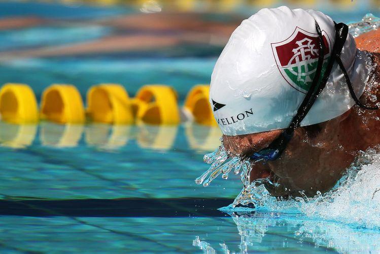 Nem Michael Phelps nadou tão rápido quanto Kaio Márcio neste ano nos 200m borboleta. Além de ganhar a disputa no Troféu Maria Lenk, nadador fez o terceiro melhor tempo do ano: 1min55s22