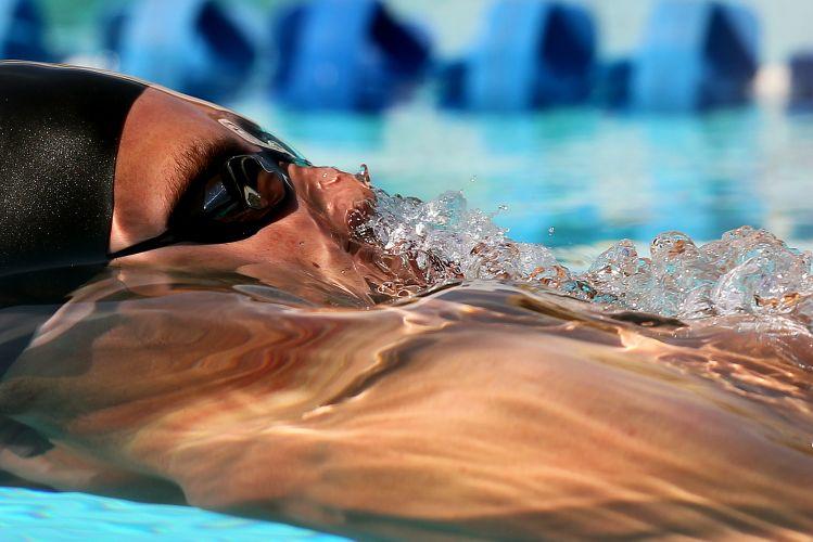 Thiago Pereira disputa a prova do 4x100m medley neste domingo, no Troféu Maria Lenk