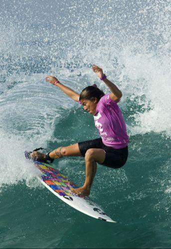 Silvana Lima agora em ação, no Billabong Rio Pro.