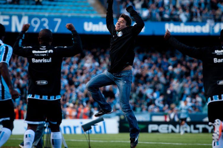 Renato Gaúcho comemora o gol do Grêmio que abriu o placar no Grenal deste domingo, que decide o Campeonato Gaúcho no Olímpico.