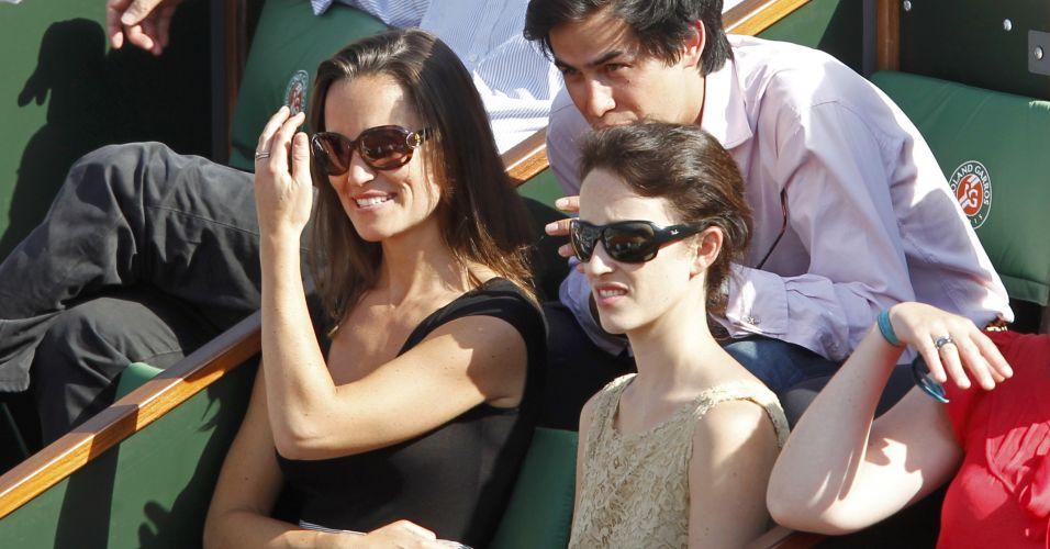 Pippa Middleton, irmã da duquesa britânica Catherine Middleton, acompanha a vitória do sueco Robin Soderling sobre o francês Gilles Simon