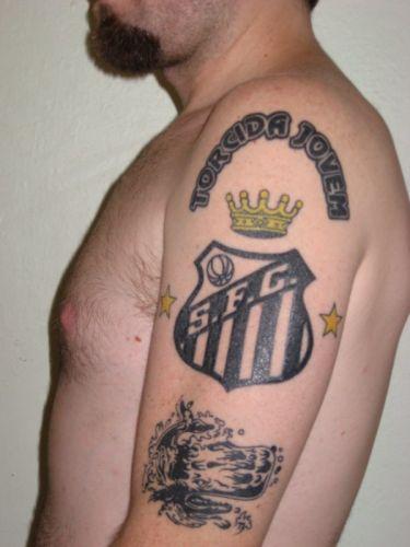 Daniel Andrade Silveira tatuou-se em 2009, decidido a eternizar na pele o seu amor pelo Santos.