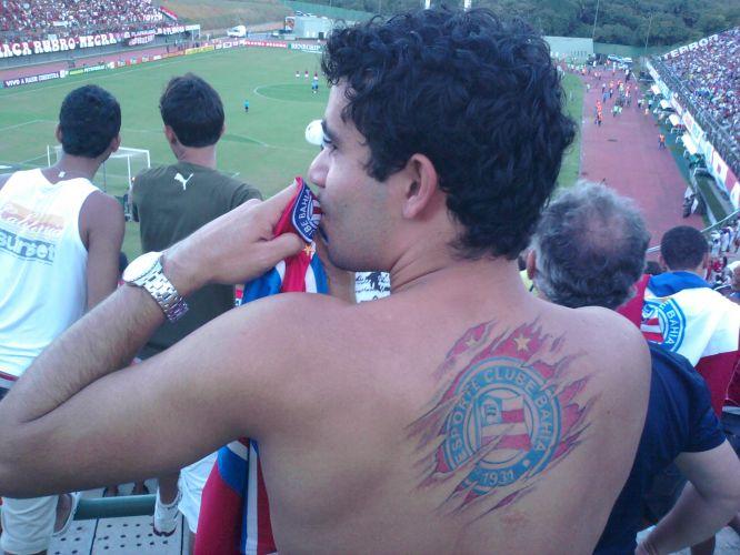 Essa tatuagem de Antonio Hamilton Queiroz de Lima Neto é recente, feita em 18 de maio de 2011, em homenagem ao