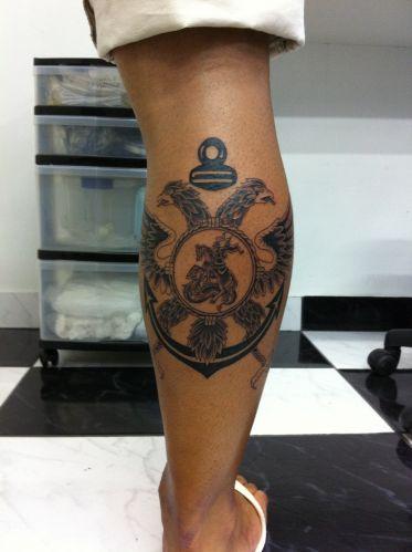 O são-paulino Kaio Henrique dos Santos só esperou completar 18 anos para fazer a tatuagem, que já planejava desde os 12 anos. Segundo ele, foi