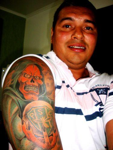 Paloma Girdziauckas diz o motivo de sua tatuagem do Botafogo-SP: