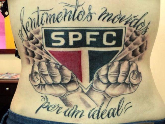 Catarina Marcari decidiu não apenas homenagear o Palmeiras, mas também o goleiro Marcos