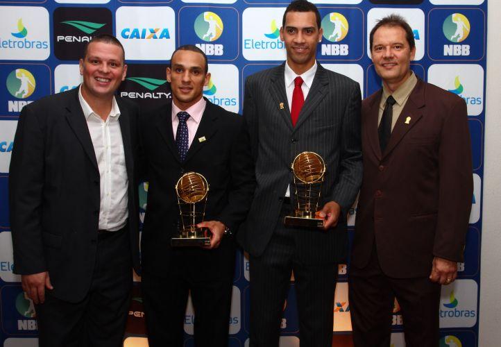 Alex, do Brasília, e Marquinhos, do Pinheiros, foram eleitos os melhores alas do NBB3
