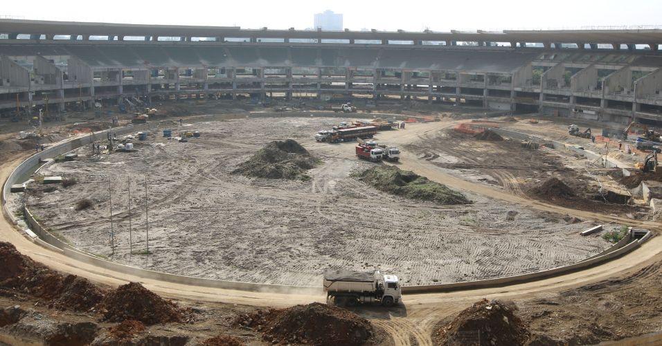 Em pleno andamento das obras, Maracanã está irreconhecível por dentro