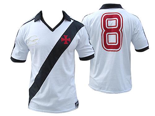 Qual é a camisa mais bonita da história do Vasco  - Fotos - UOL Esporte e0a303d6ed11e
