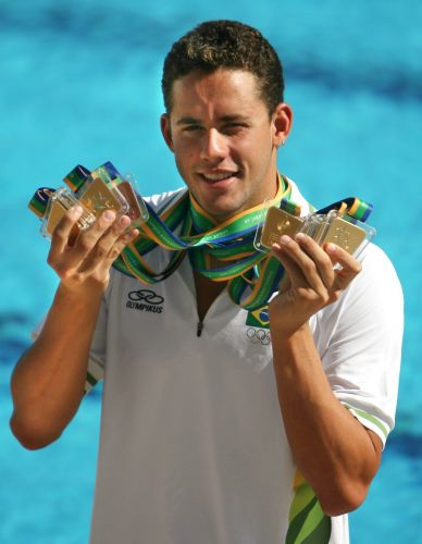 Thiago Pereira - O heri da vez, ele conquistou seis medalhas de ouro no Rio-2007 e virou o maior vencedor de uma edio dos Jogos Pan-Americanos da histria