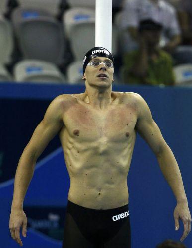 Cesar Cielo se prepara para ir à piscina nadar os 100 m livre