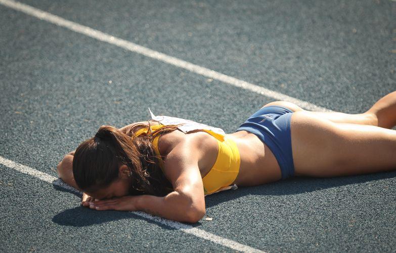Ana Claudia comemora vitória nos 200m no Troféu Brasil de atletismo, disputado no Ibirapuera em São Paulo.