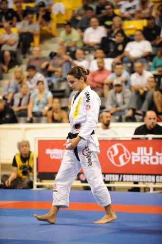 Aos 26 anos, Kyra Gracie é pentacampeã mundial de jiu-jitsu e cogita ingressar no MMA
