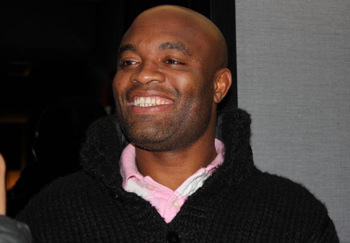Totalmente de bem com a vida, Anderson Silva raramente tira o sorriso do rosto, seja em Los Angeles ou em Nova York