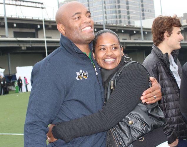 Mais um momento de tranqulidade do sorridente Anderson Silva, que vive cheio de alegria nos Estados Unidos