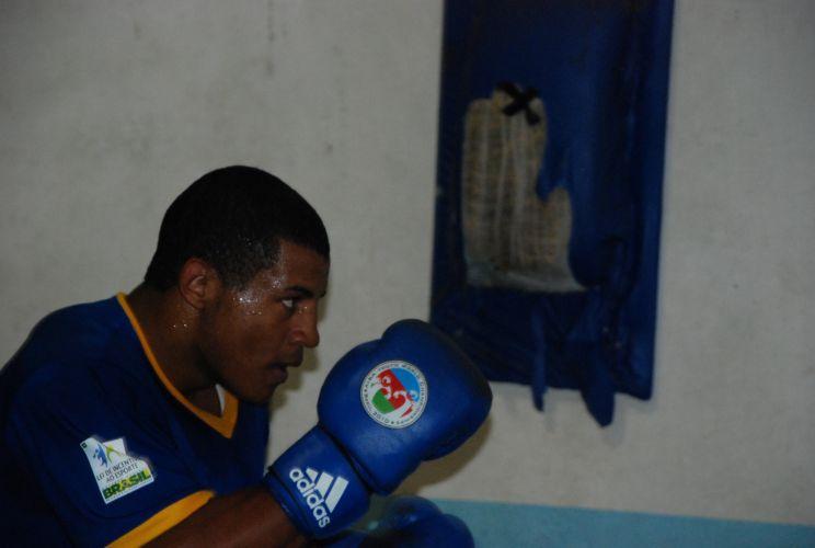David Costa já foi campeão mundial e é uma das revelações do boxe brasileiro.