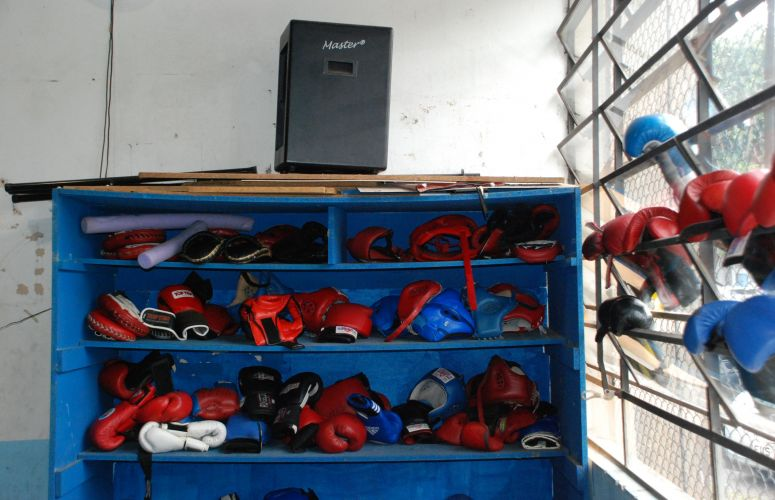 Equipamentos dos atletas de boxe da seleção brasileira.