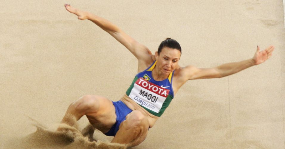 Brasileira Maurren Maggi salta apenas 6,17 m em seu única tentativa válida e fica fora da briga por medalha na final do salto em distância do Mundial de Daegu