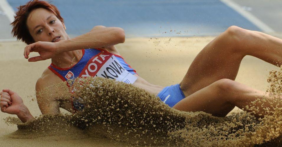 Eslovaca Dana Veldakova disputa o salto triplo em eliminatórias na Coreia do Sul