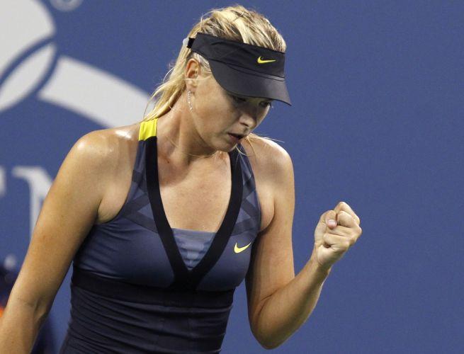 Com muita facilidade, Maria Sharapova passaou para a terceira rodada do US Open ao conquistar um duplo 6-1 sobre Anastasiya Yakimova