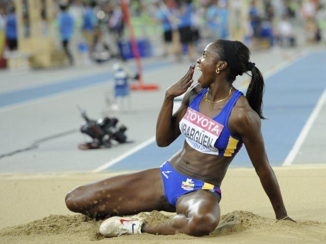 A colombiana Caterine Ibarguen faz careta após acertar um salto na final do salto triplo no estádio em Daegu. A sul-americana terminou a competição na terceira colocação, com a medalha de bronze.