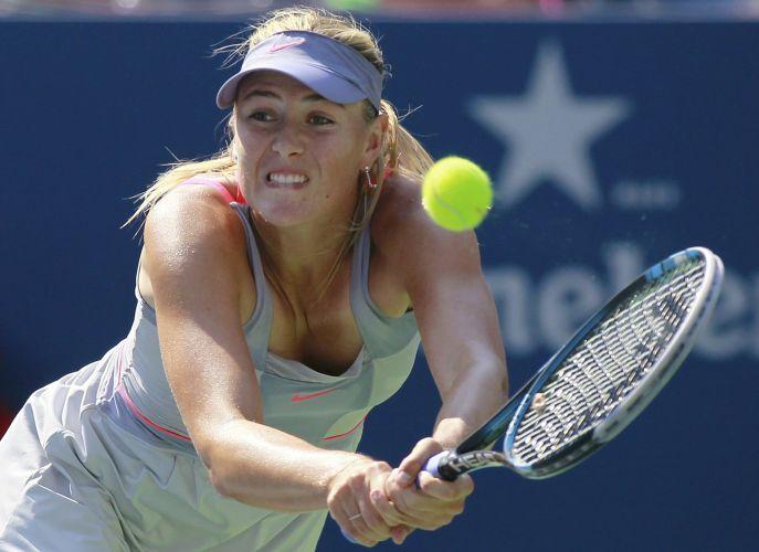 Sharapova não conseguiu se impor na terceira rodada do US Open e foi superada pela italiana Flavia Pennetta em três sets: 6-3, 3-6 e 6-4