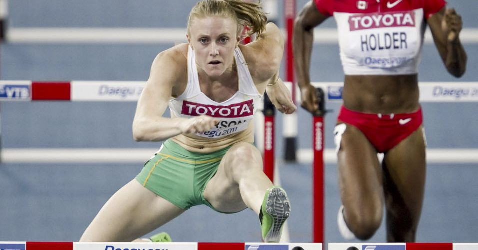Australiana Sally Pearson compete na prova de 100 m com barreiras pelo Mundial de atletismo