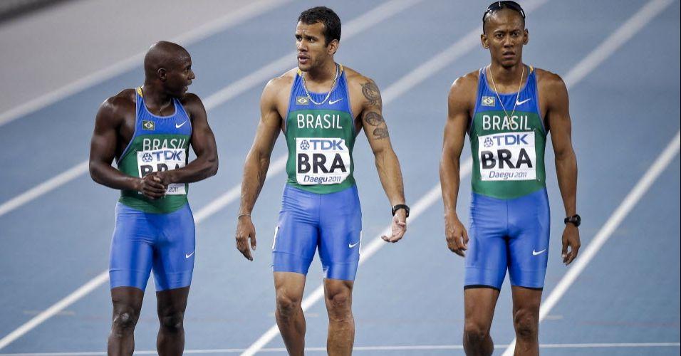 Nilson André, Bruno Lins e Sandro Viana lamentam queda e desclassificação na semifinal do revezamento 4x100 m