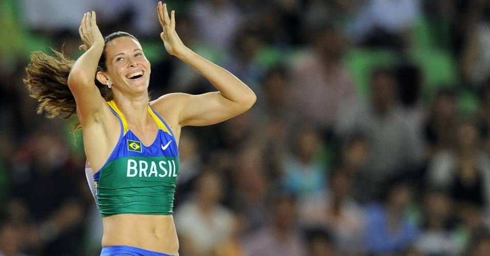 Fabiana Murer foi campe mundial do salto com vara em agosto, est entre as melhores do mundo e tem grandes chances de medalha no Pan e em Londres, em 2012. Ser que ela merece liderar a delegao brasileira no Pan?