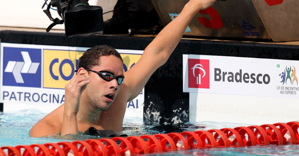 Thiago Pereira quebrou o recorde de medalhas no ltimo Pan. O Phelps brasileiro pode repetir o feito em Guadalajara. O nadador pode ser o porta-bandeira do Brasil no Mxico?