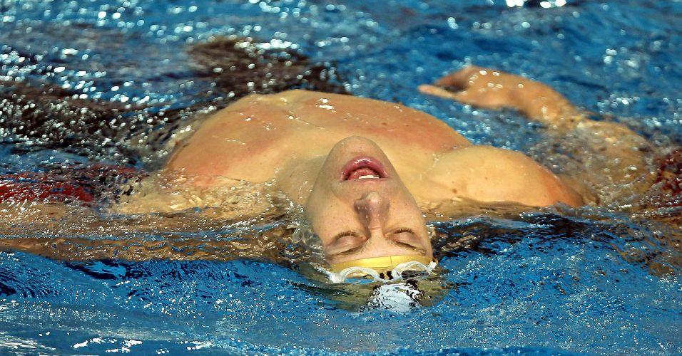 Cesar Cielo demonstra cansaço depois de fechar o revezamento 4x100 m medley para o Brasil e garantir a medalha de ouro