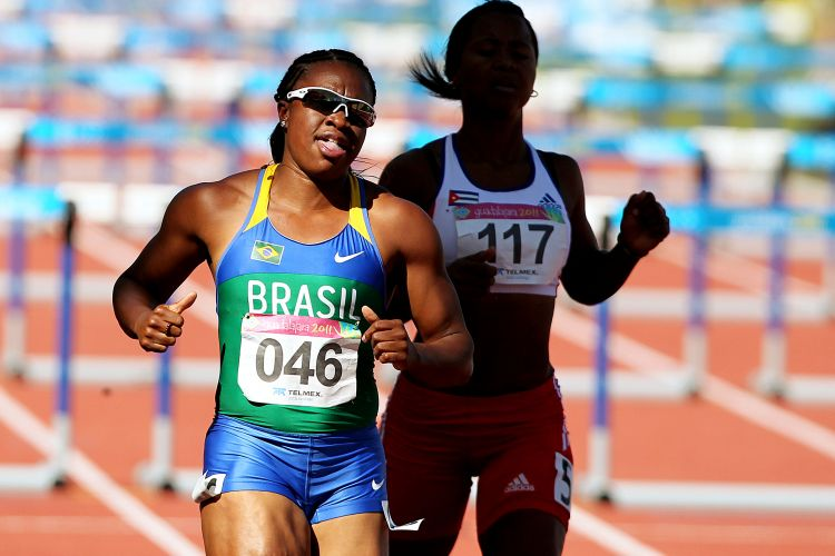 Maila Machado corre os 100 m com barreira e passa pela semifinal no Pan aps ser quarta em sua bateria