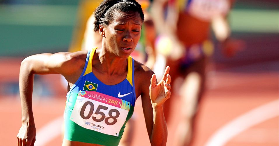 Joelma Souza corre os 400 m rasos e avana  final no atletismo do Pan