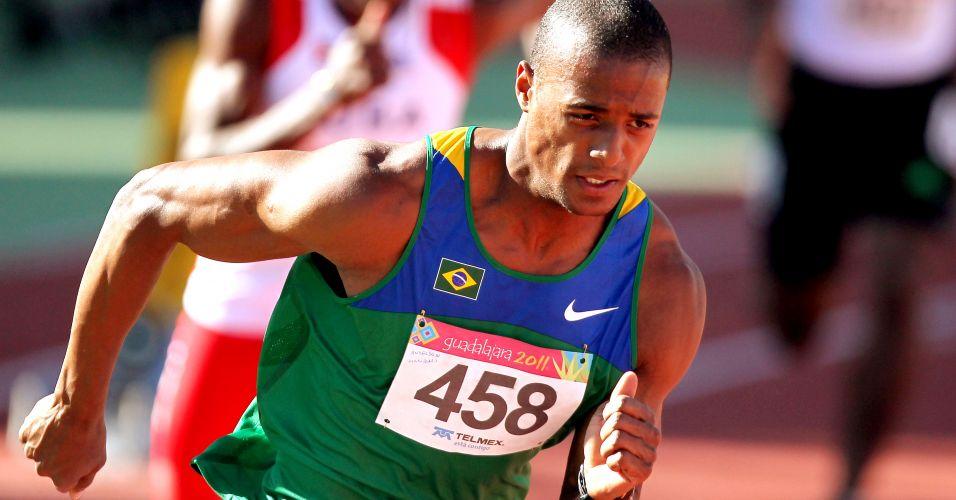 Anderson Freitas se classificou à final dos 400 m rasos, com o segundo melhor tempo em sua bateria