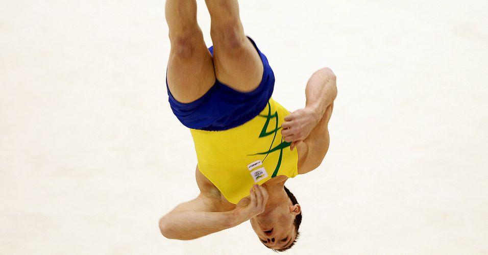 Diego Hypolito conquistou seu 2º ouro em Guadalajara, na prova do solo