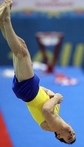 Diego Hypolito fechou sua participação no Pan de Guadalajara com a conquista da medalha de ouro no salto
